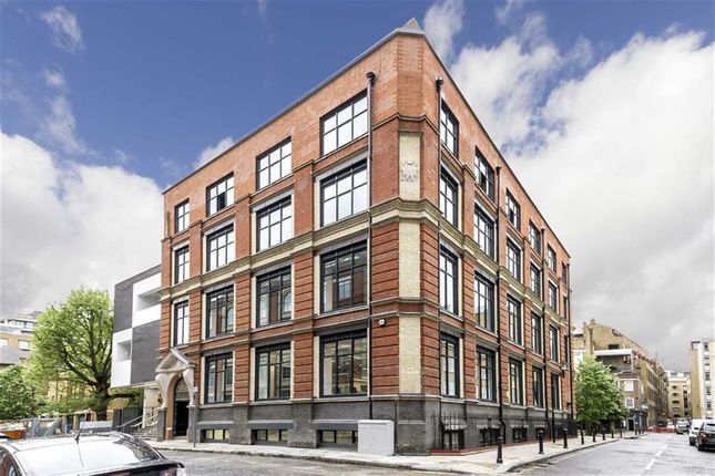 Thumbnail Flat to rent in Queen Elizabeth Street, London