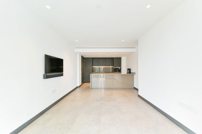 Thumbnail Flat to rent in One Blackfriars, Blackfriars Road, Southwark
