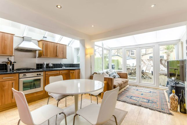 Flat for sale in Winchester Street, Acton