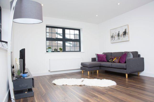 Thumbnail Flat to rent in John Street, Luton