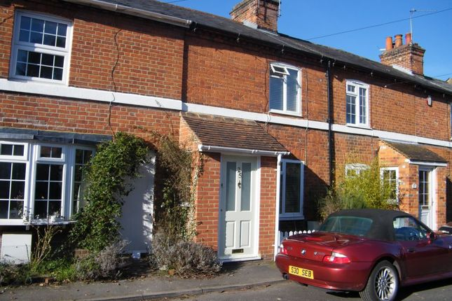 Thumbnail Terraced house to rent in South Place, Marlow, Buckinghamshire