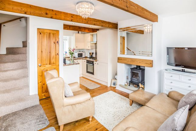Thumbnail Cottage for sale in Warley Town Lane, Warley, Halifax