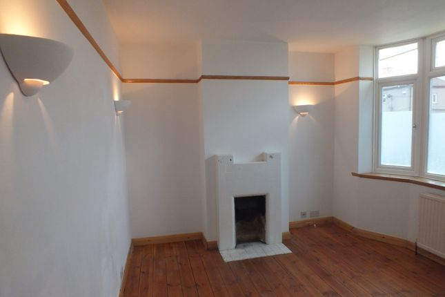 Thumbnail Property to rent in Whiteford Road, Stoke Poges, Slough