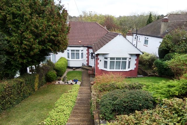 2 bed bungalow to rent in Hartley Hill, Purley, Surrey CR8