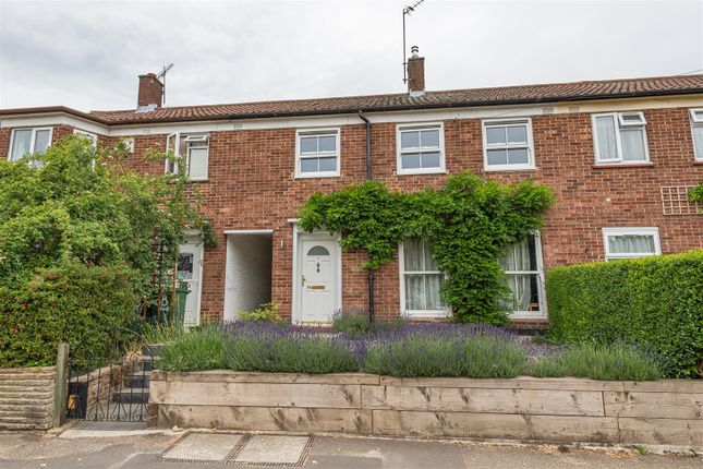 Thumbnail Terraced house for sale in West Avenue, London