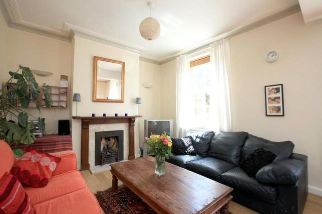 Thumbnail Flat to rent in Sancroft Street, London