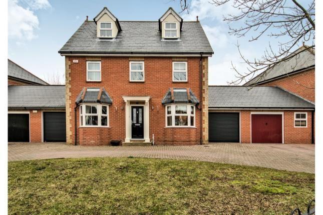 Thumbnail Detached house for sale in Britten Close, Langdon Hills, Basildon
