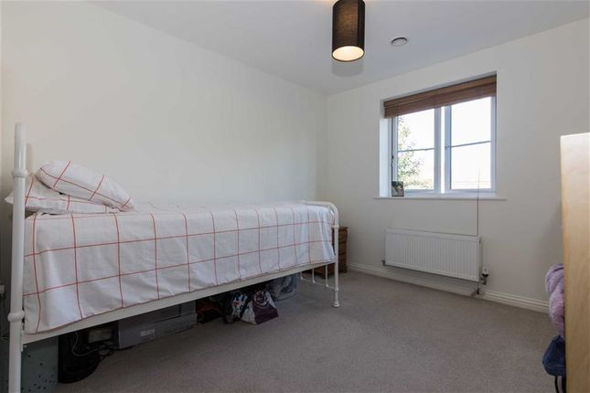 Bedroom Two of Pintail Close, Scunthorpe DN16