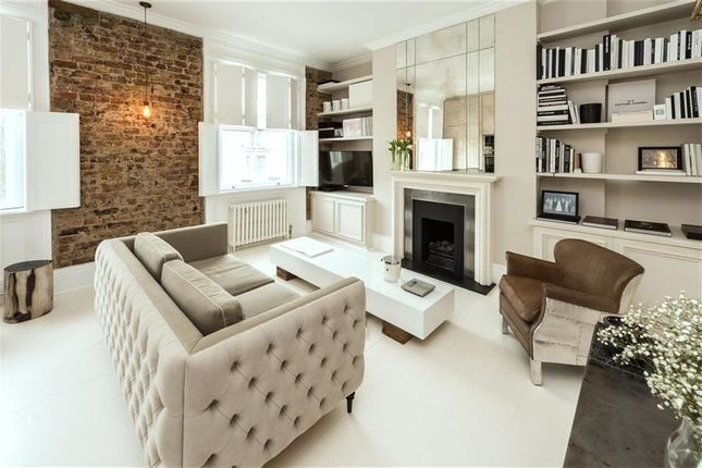 Thumbnail Flat for sale in Lansdowne Crescent, London