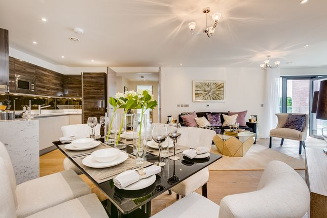 Thumbnail Flat for sale in 186 Lower Richmond Road, Putney, London