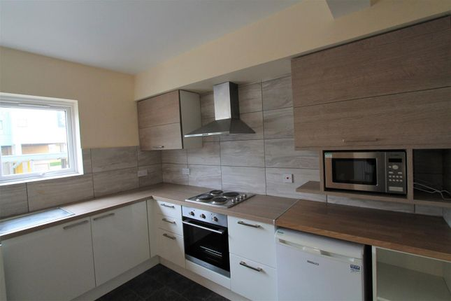 Thumbnail Flat to rent in Harpsfield Broadway, Comet Way, Hatfield