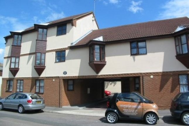 Thumbnail Flat to rent in Rosemary Court, Church Street, Rochester, Kent