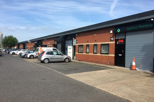 Thumbnail Light industrial to let in Unit 16, Redbridge Enterprise Centre, Thompson Close, Illford