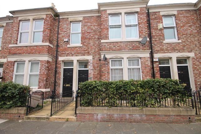 Thumbnail Flat to rent in Windsor Avenue, Bensham, Gateshead
