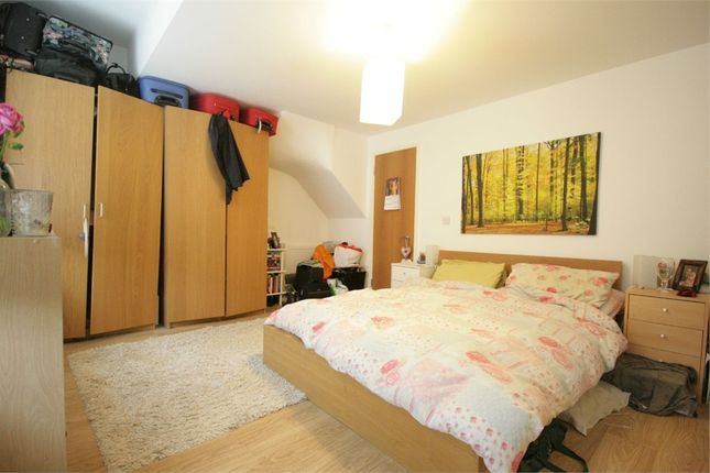 Thumbnail Terraced house to rent in Strathleven Road, London