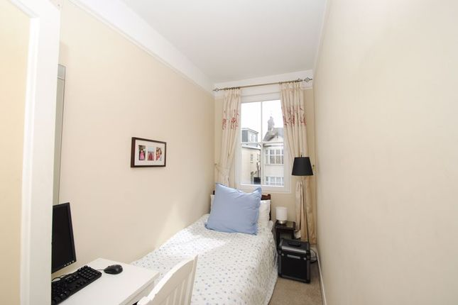 Photo 7 of Grove Court, Southbourne Grove, Westcliff-On-Sea SS0