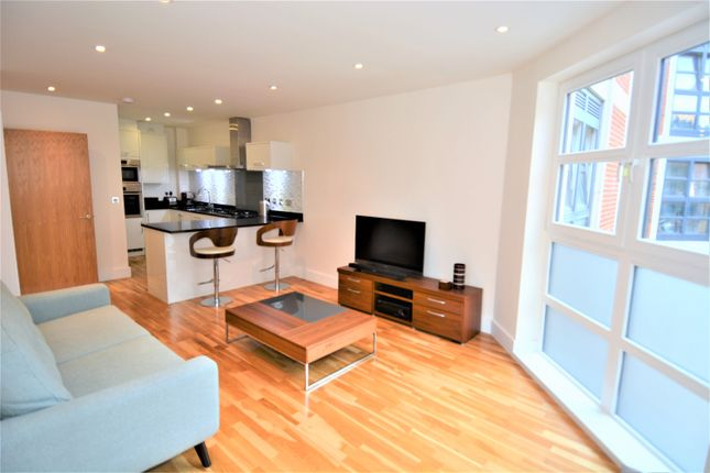 1 bed flat to rent in Moreton Street, Pimlico