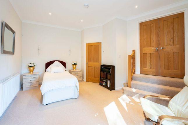 Annex Bedroom of Guildford Road, Horsham RH12