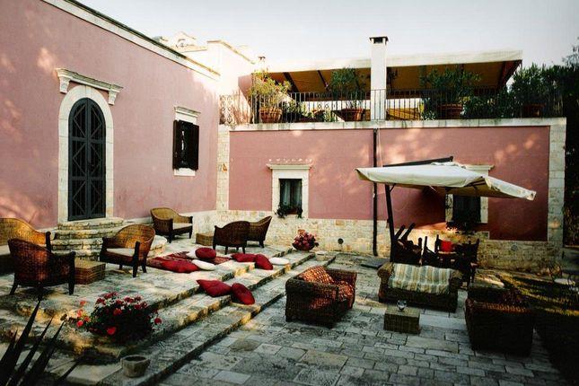 Thumbnail Farmhouse for sale in Contrada Cantone, Ostuni, Brindisi, Puglia, Italy