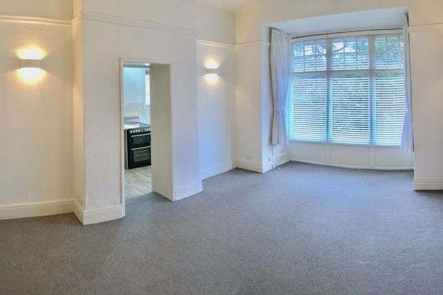 2 bed flat to rent in Spring Grove, Harrogate HG1
