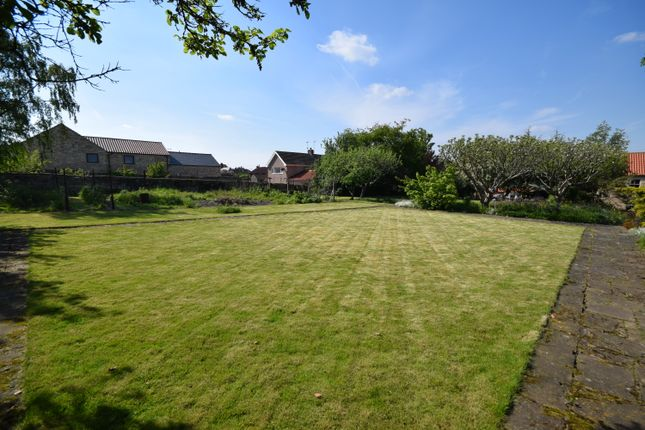 Thumbnail Land for sale in Carr Lane, Wadworth, Doncaster