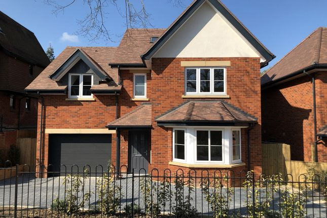 Thumbnail Detached house for sale in Northcourt Avenue, Reading