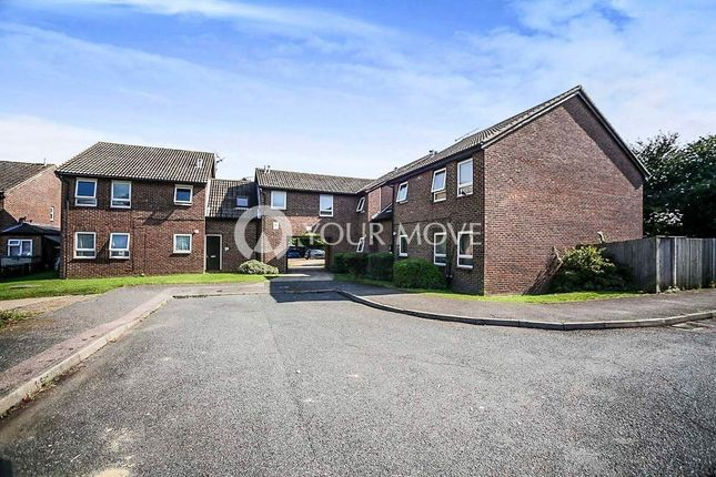 Studio to rent in Shepperton Close, Lordswood, Chatham ME5