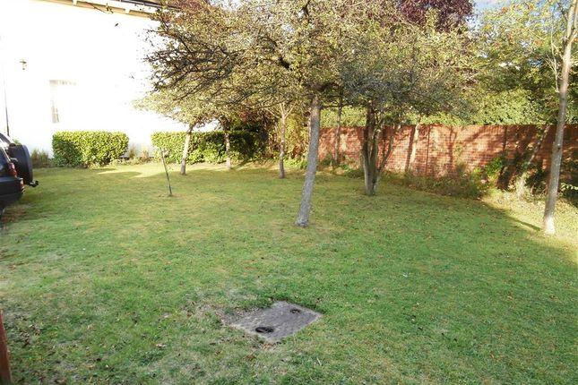 Communal Garden of Mill House Close, Eynsford, Kent DA4