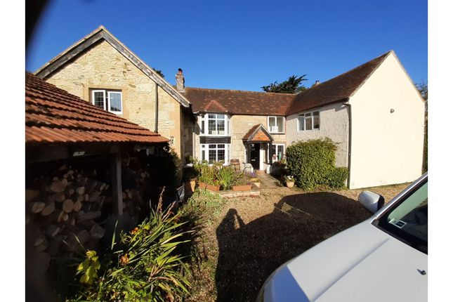 Thumbnail Farmhouse for sale in Warlands Lane, Ningwood