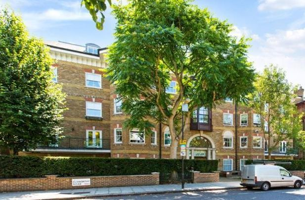 Thumbnail Flat to rent in Elsworthy Road, London