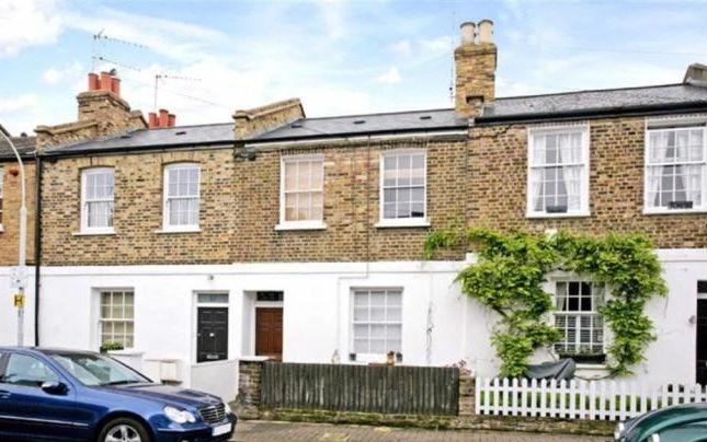 Studio to rent in Cardross Street, London