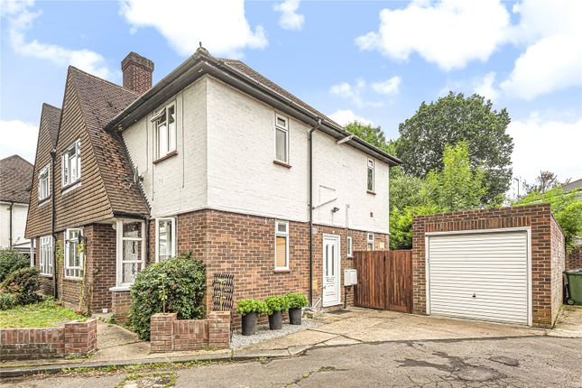 Picture No. 10 of Uxbridge Road, Pinner, Middlesex HA5