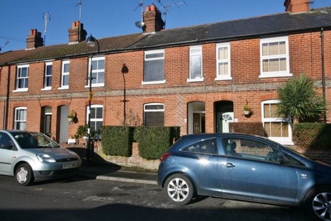 Thumbnail Terraced house to rent in George Street, Basingstoke