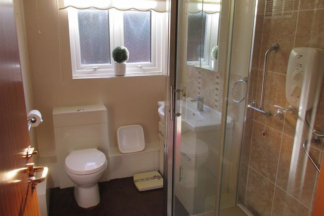 Bathroom of Cheviot Close, Prenton, Birkenhead CH42