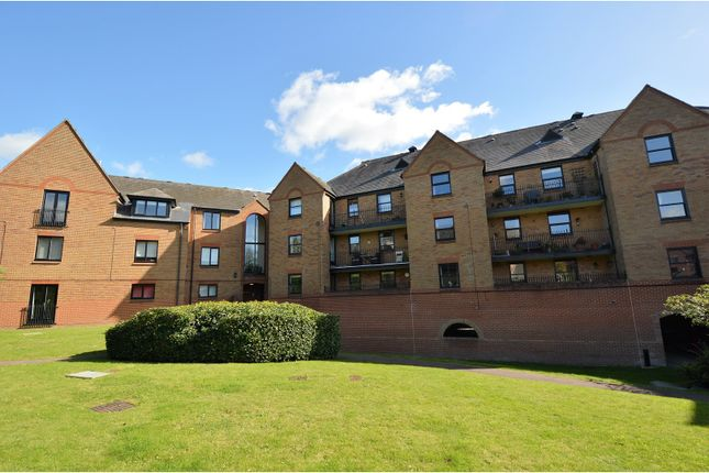 Thumbnail Flat for sale in Chelmsford Road, Dunmow