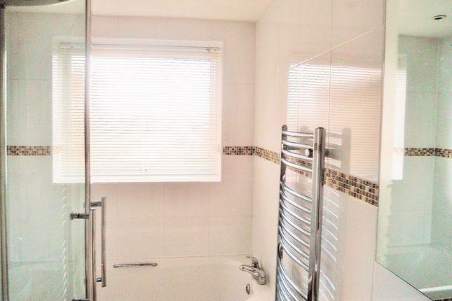 Bathroom of Meadowside Court, Goring Street, Goring-By-Sea, Worthing BN12