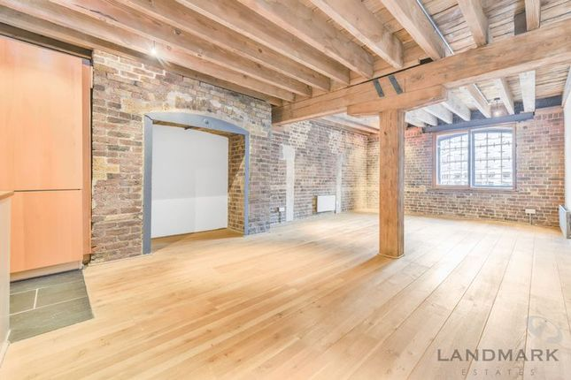 Thumbnail Flat for sale in Hertsmere Road, London