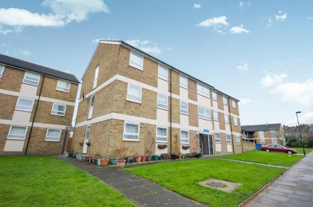 Thumbnail Flat for sale in Ivy Road, Southgate, London, .