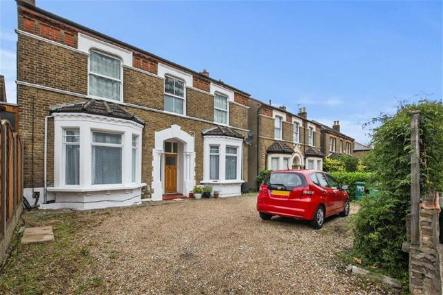 Thumbnail Flat for sale in Croydon Road, Penge, London