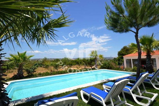 6 bed villa for sale in Olhos De Agua, Albufeira, Albufeira Algarve