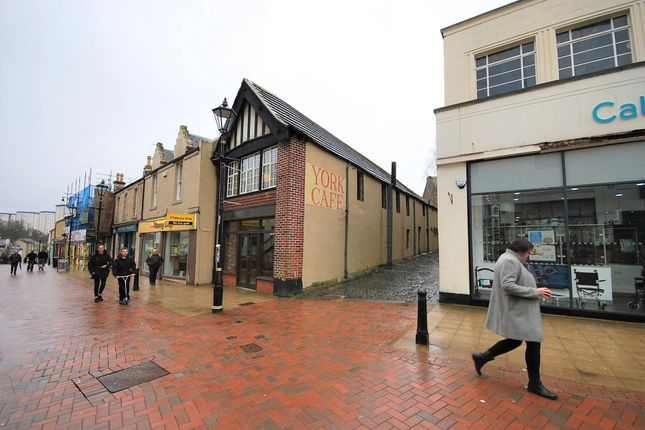 Thumbnail Restaurant/cafe for sale in 179 High Street, Falkirk