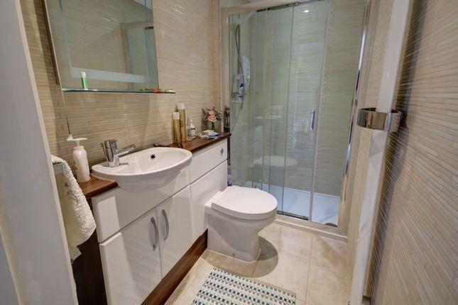 Shower Room of Deepway Gardens, Exminster, Exeter EX6