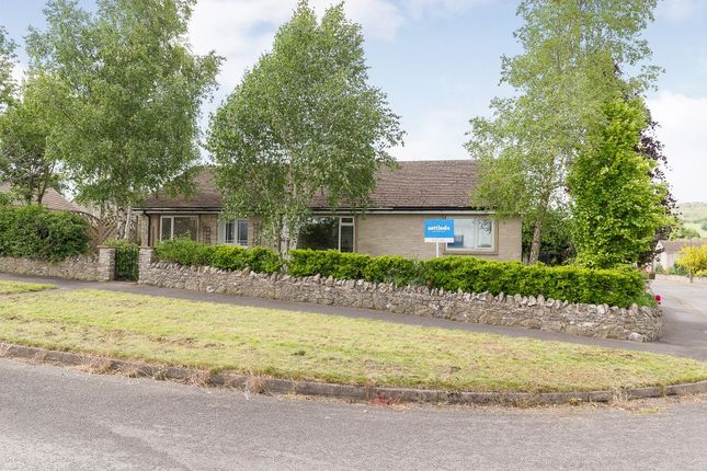Thumbnail Detached house for sale in Edge View Drive, Great Longstone, Bakewell, Derbyshire