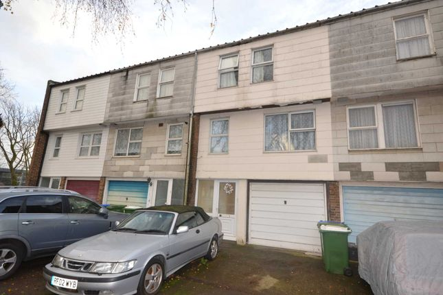 Thumbnail Town house for sale in St. Helens Road, Erith