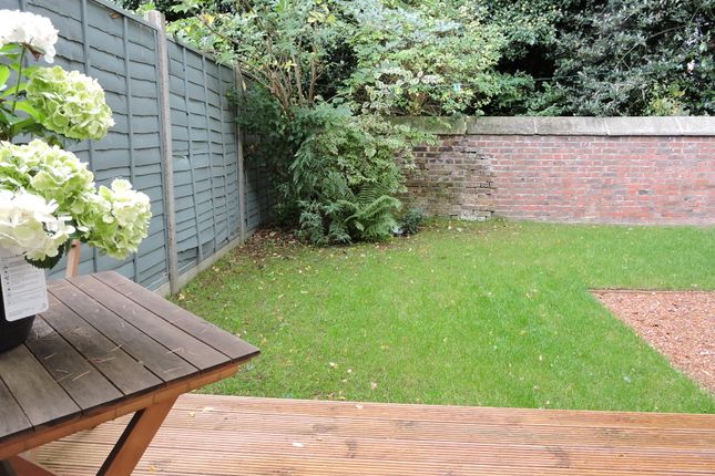 3 bed semi-detached house for sale in East End Rd, East Finchley