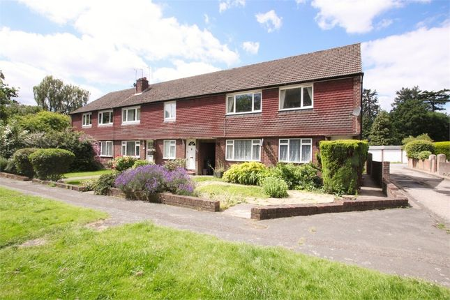 Thumbnail Maisonette to rent in Pinewood Green, Iver, Buckinghamshire