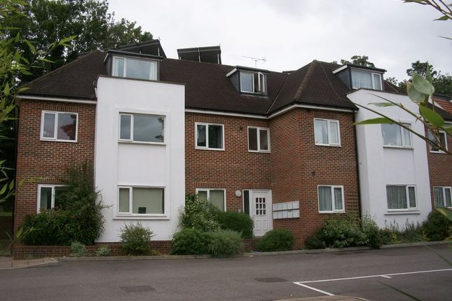 Flat to rent in Musgrove Close, Purley