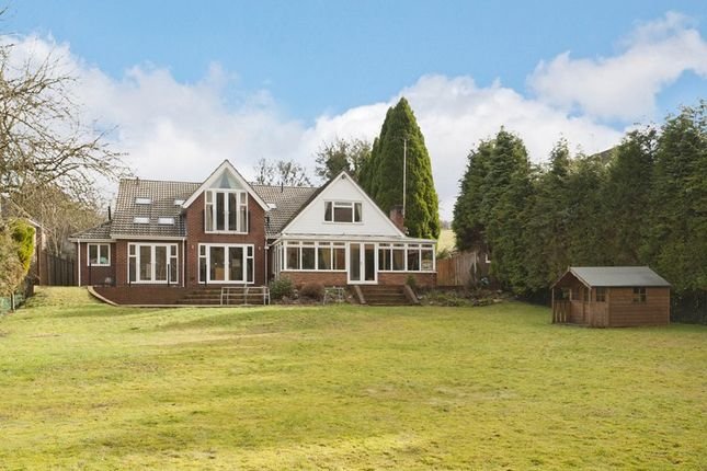 Thumbnail Detached house for sale in Slines Oak Road, Woldingham, Caterham