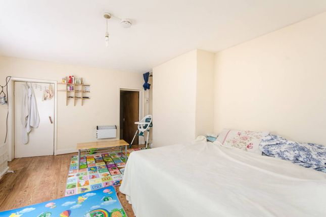 Thumbnail Property for sale in Montrell Road, Streatham Hill