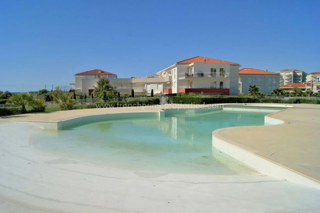 Duplex for sale in Antibes, 06160, France